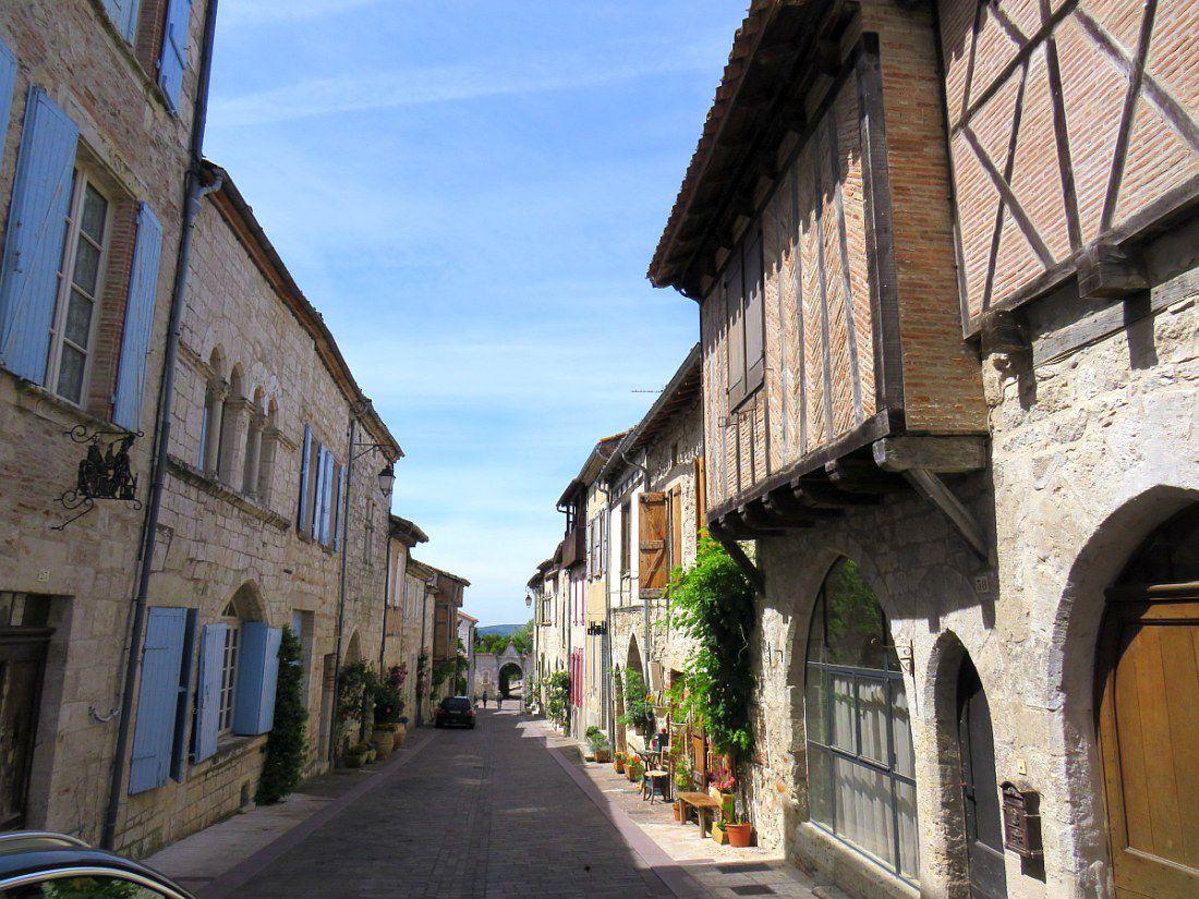 """""""Un des plus beaux villages de France"""" du Tarn et Garonne,"""