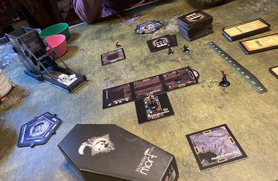 Betrayal at the House on the Hill ou the Rocky horror Picture show ?! - Avalon Hill