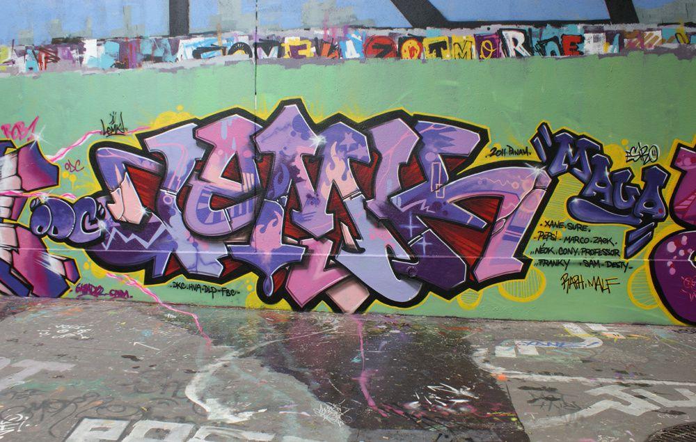 Album - Graffitis-Pyrenees-Story-023