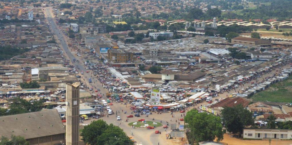 Imágenes de Bouaké, Costa de Marfil.- El Muni.