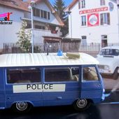 PEUGEOT J7 POLICE SOLIDO 1/50 - car-collector.net