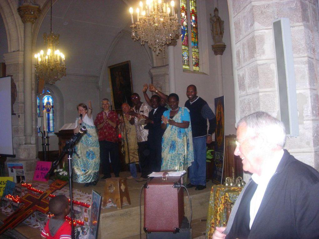 Pour finir en beauté l'année de KT , on a une la bonne idée à LUNERAY d'inviter la troupe du GOSPEL à venir ....