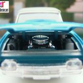FORD THUNDERBIRD 1961 AVEC CAPOTE FERMEE SOLIDO 1/43 - car-collector.net