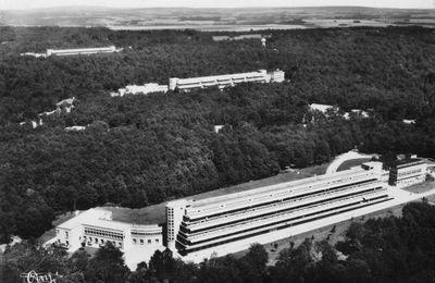 Seine et Oise / Vexin- Sanatorium d'Aincourt, domaine de la Bucaille - 1933 - 1972
