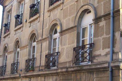 Quartier centre ville : la rue de l'Arbalète.