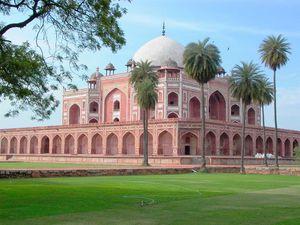 Mosquée Qila i Kohna Masjid- Safdarjung's Tumb et autres sites.