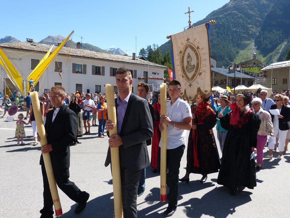 Revivez en images les festivités du 15 août à Bessans, de la partie religieuse avec les costumes traditionnels aux festivités de l'après-midi.  Photos : JN Suiffet
