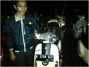 Vespa community : Ichsan from Move Indonesia