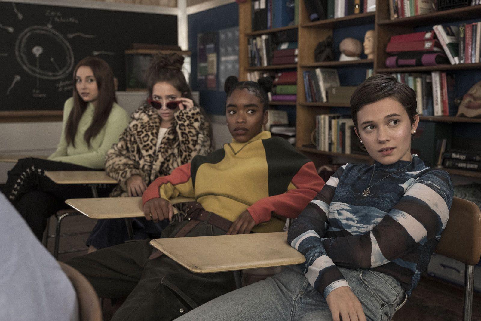 The craft : Les nouvelles sorcières (BANDE-ANNONCE) avec Michelle Monaghan, Cailee Spaeny, David Duchovny - Le 28 octobre 2020 au cinéma