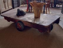 TABLE BASSE CHARIOT