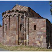 Roman de Sardaigne : San Pietro Extramuros di Bosa - Images du Beau du Monde