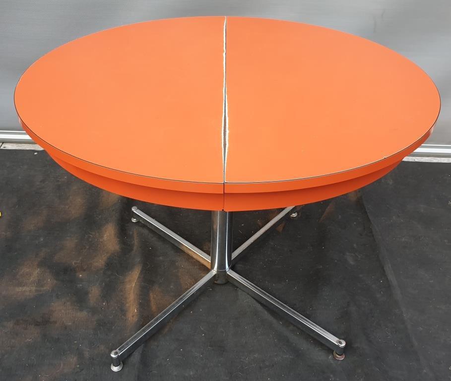 TABLE FORMICA ORANGE MECANIQUE 1970 - VENDU