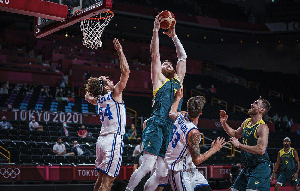 Jeux Olympiques : l'Australie s'en sort bien face à l'Italie et se qualifie pour les quarts de finale