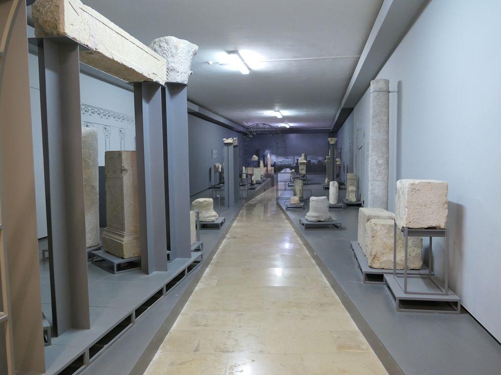 Cloître et musée de Faro - Algarve.
