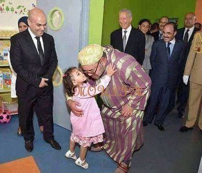 Modesty King of Poor Mohammed 6 with People