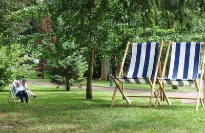 Un jour, une photo : le temps des chaises-longues...