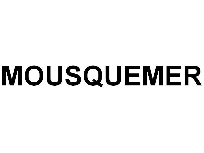 MOUSQUEMER  , a quai dans le port de Port Pothuau en rade de Hyères le 29 juillet 2018