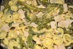 Poêlée pâtes, haricots, dinde et oeufs