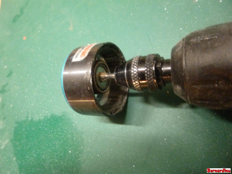 Recoller les aimants d'un moteur brushless