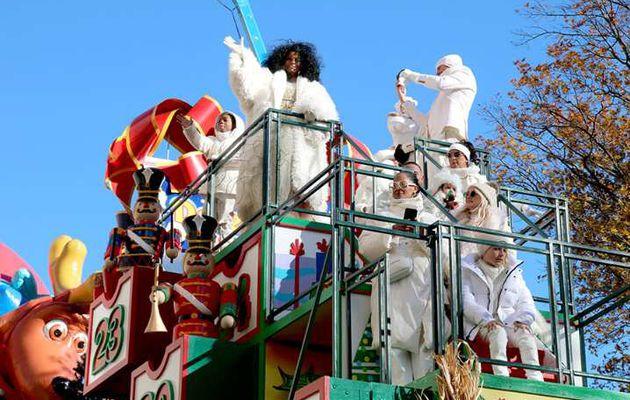 Diana Ross fête Noël avec sa grande famille (photos)