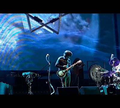 TOOL : New song ''Descending'' (Live)
