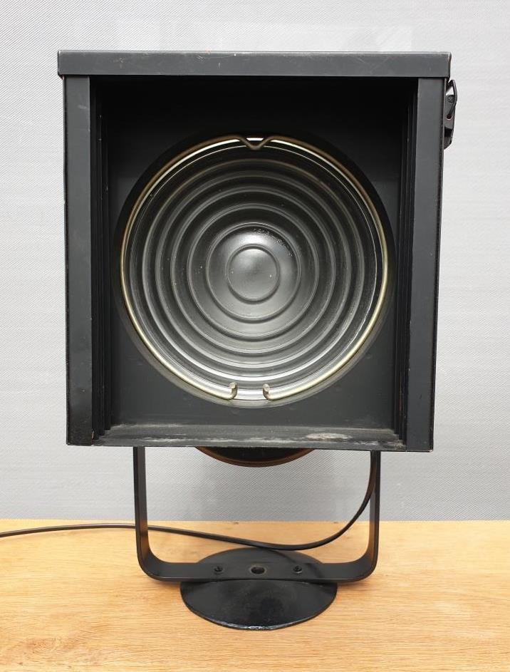 Lampe projecteur Cremer D70 avec volets de focus - 470 euros