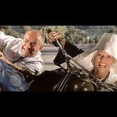 Louis de Funes - Le gendarme se marie (nun and moto)
