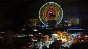 "Reportage Euronews dans 13 pays ""Mini Illuminations"" Mini World Lyon"