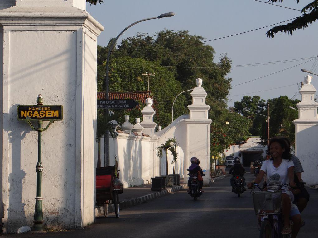 JAVA . JAKARTA
