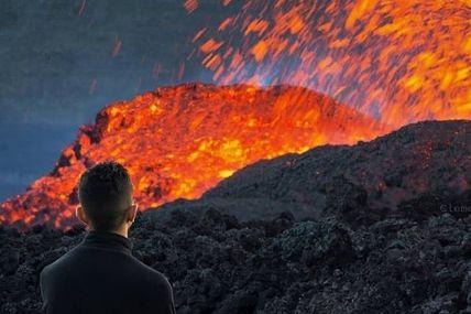 Je vous donne rendez-vous à 14h00 heure locale pour ma nouvelle vidéo qui s'intitule Piton De La Fournaise les quatre éruptions de l'année 2018