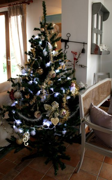 Un Noël ivoire et or