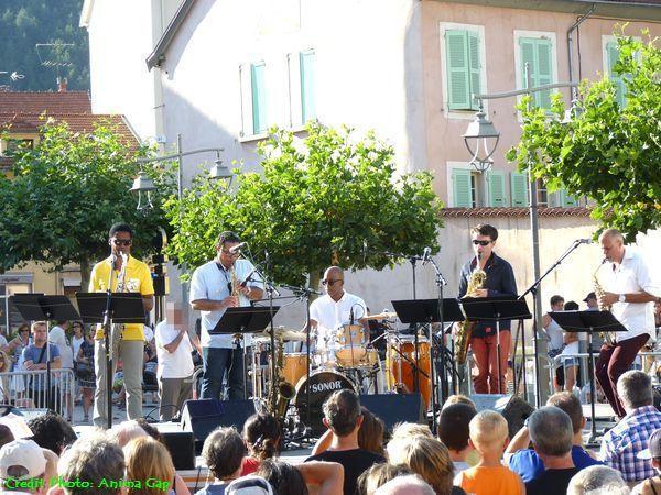 The CubanoSax Quintet à Gap