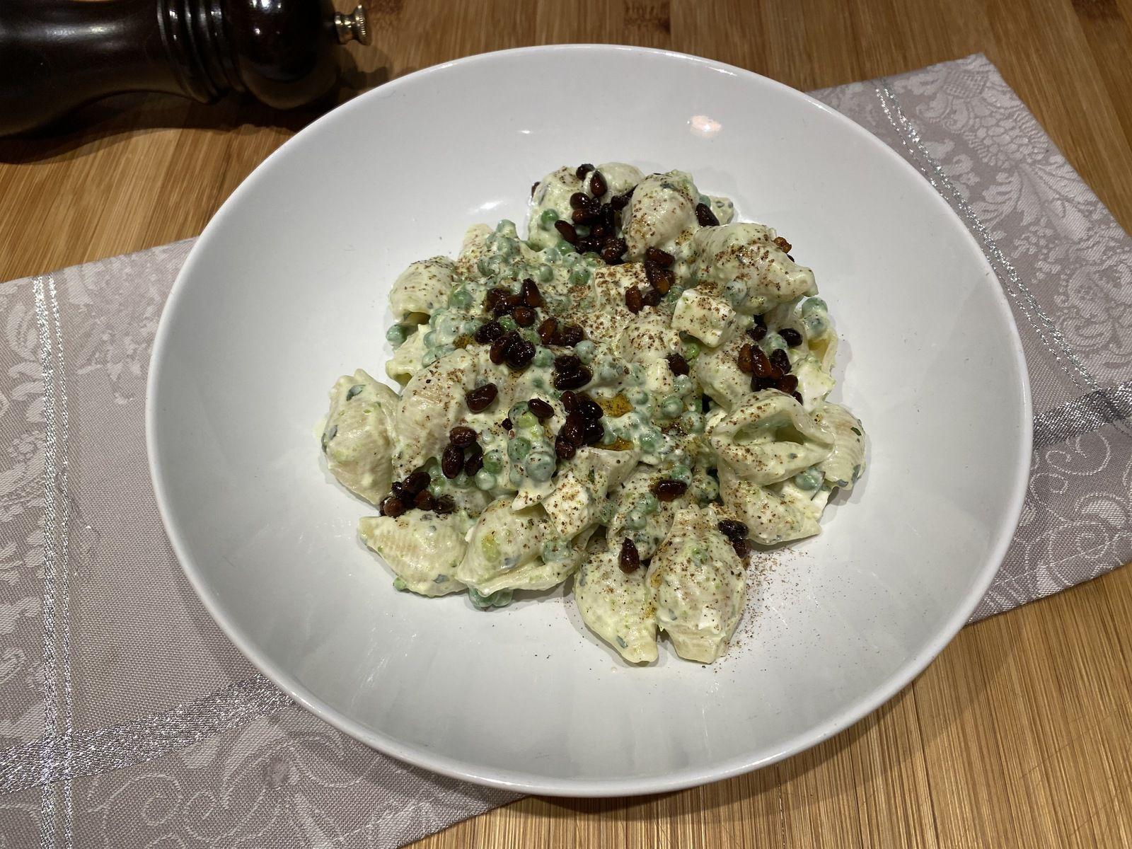 Conchiglie au yaourt, petits pois et piment de Yotam Ottolenghi