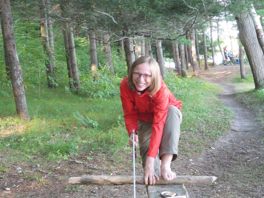La vie de camping: Que du bonheur! Même le 2e soir et matin sous la pluie car en bonne compagnie et bien équipés