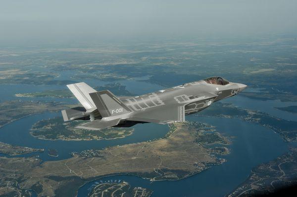 Les Pays-Bas viennent de commander leurs huit premiers F-35A