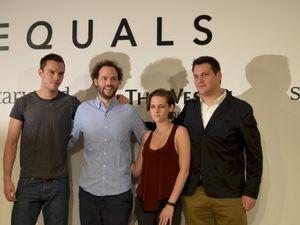 Equals & Camp-X-Ray : Kristen Stewart