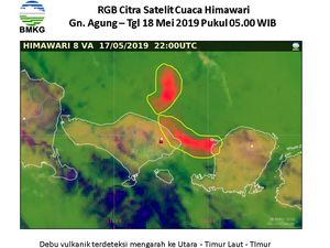 Agung - dispersion of ash from the eruption of 18.05.2019 - Doc.BMKG Citra Himawari at 03 and 05h WIB - one ckick to enlarge