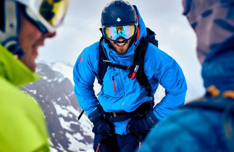 A Basic Guide to Buying Snowboard and Ski Gloves and Mittens