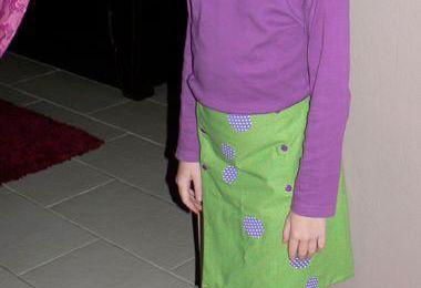 Une jupe porte-feuille réversible