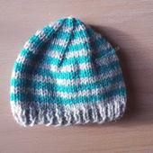 Bonnet bébé au tricot, autre réalisation - Panpanette