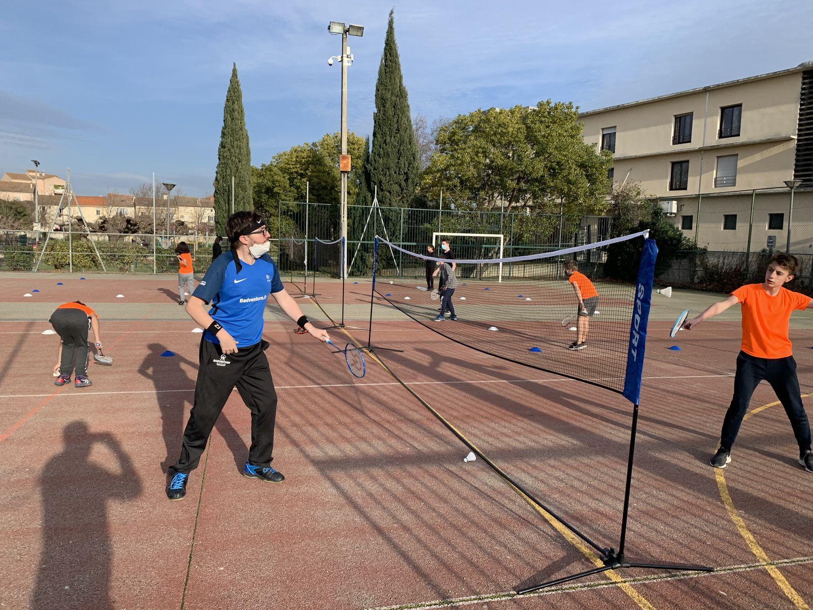 Un athlète parabadminton membre de l'équipe de France devient le parrain de la section sportive !