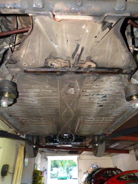 Réservé : KG type 14 1969, origine Arizona, trés sain en carrosserie, mécanique propre et révisée, boite de vitesses à cardans neuve.Renseignement :vintageimport@orange.