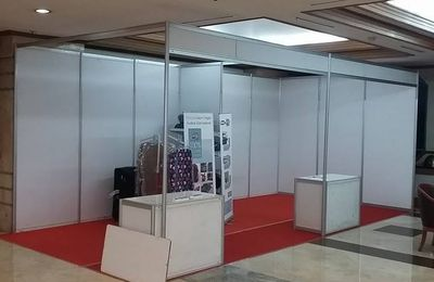 Stand R8, Sewa Stand Pameran, Partisi R8