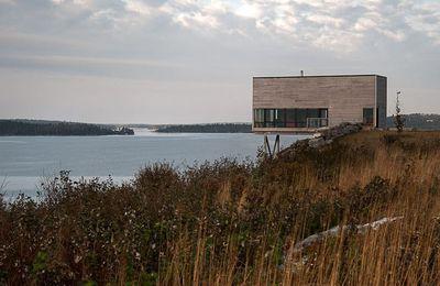 Architecture - extraordinaire, une maison sur une falaise, en Nouvelle-Ecosse