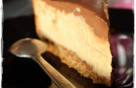 Cheesecake choco-cacahuète
