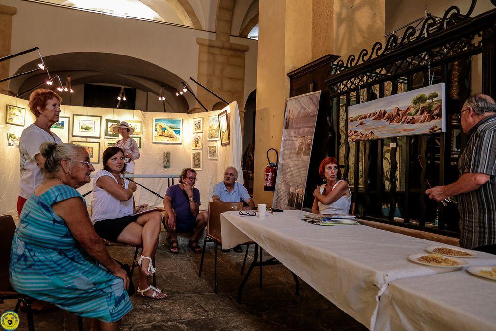Castellane  : Expo de la section peinture de la MJC à la Chapelle St Victor