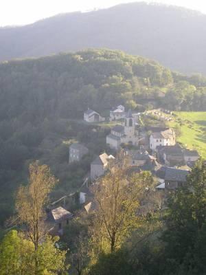 Voici des photos des balades touristiques en Aveyron ou dans leTarn et Tarn et Garonne proches, facilement réalisables à partir de notre maison de vacances proposée à la location contact : les.fauvettes@lapost