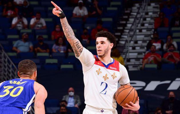 Lonzo Ball et les Pelicans viennent à bout de Stephen Curry et les Warriors