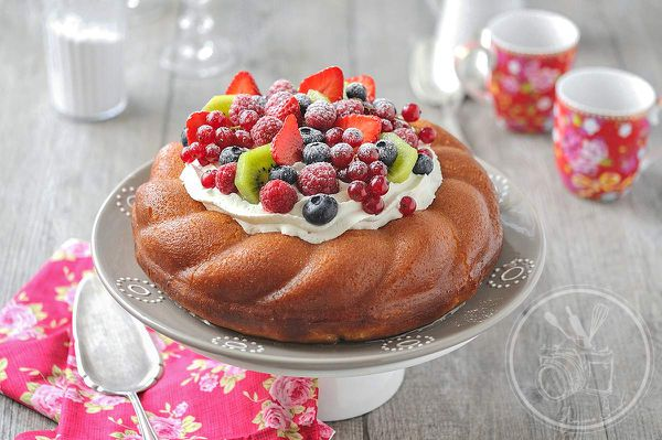 Baba ou savarin aux fruits de saison