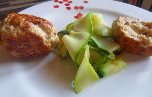 boulettes de poulet aux tomates confites, coeur de mozarella